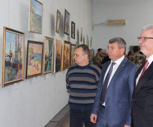 В Ялте открылась выставка «Крымский мост»