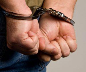В Крыму задержали лже-сотрудника органов безопасности, который выманил больше 120 тысяч рублей