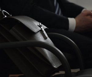 В Севастополе 30 чиновников «погорели» на нечестных справках о доходах