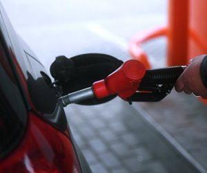 ФАС назвала сроки снижения цен на бензин в Крыму до уровня общероссийских