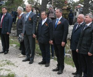 Более 2 тысяч человек почтили память партизан на кордоне «Красный камень»
