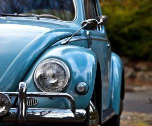 Стало известно, сколько автомобилей в России имеет возраст более 30 лет