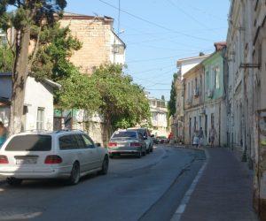 Спецтранспорт может беспрепятственно проехать по улице Дражинского