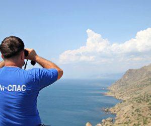 В МЧС России назвали причину крушения прогулочного катера у берегов Судака