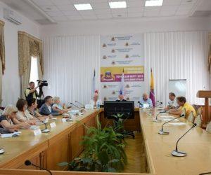 В Ялте впервые подписали трёхстороннее соглашение по регулированию социально-трудовых отношений на 2019-2022 годы