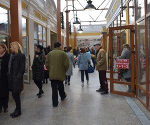 Вещевой рынок торжественно открыли после реконструкции