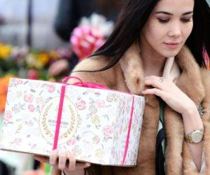 Какие уловки применяют продавцы перед 8 марта