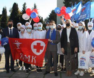 В Ялте состоялась акция «Надень медицинскую маску – защити себя»