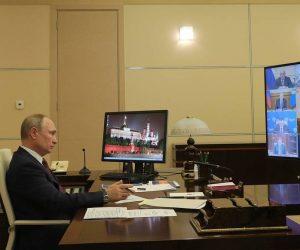 Путин поручил со следующей недели перейти к массовой вакцинации россиян от коронавируса