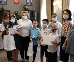 Янина Павленко поздравила победителей конкурса «Ялте говорю люблю»
